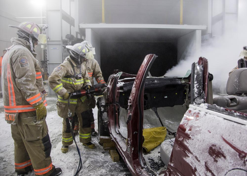 Auto Extrication in Simulated Blizzard