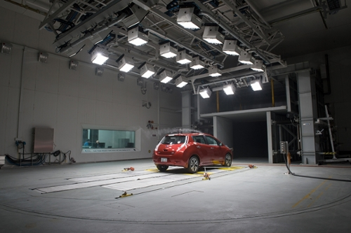 Nissan testing in climatic wind tunnel