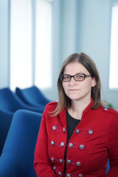 This is a profile photo of Dr. Jen Rinaldi, Associate Professor with the Legal Studies program in the Faculty of Social Science and Humanities at Ontario Tech University.